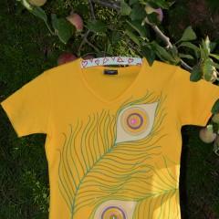 Paví pera-žlutá